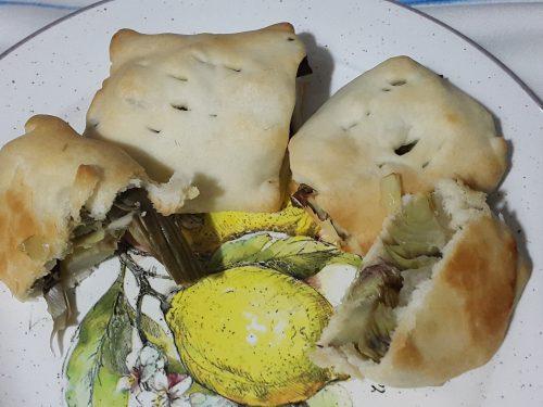 Fagottini di brisèe e carciofi sardi -vegan-