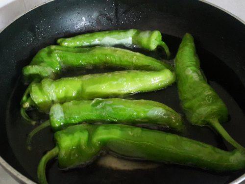 Peperoni friggitelli fritti -vegan-