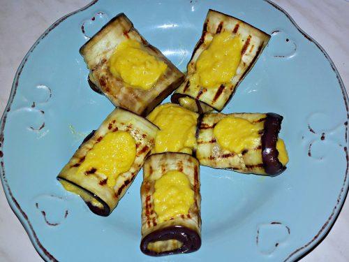 Involtini di melanzane con crema di cannellini e peperone giallo -vegan-