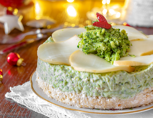 Cheesecake salata con i broccoli