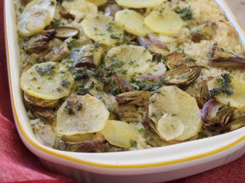 Riso al forno con patate e carciofi