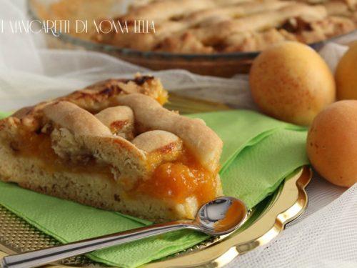 Crostata morbida di albicocche e noci (senza burro)