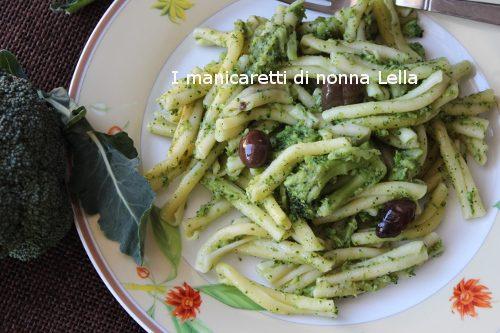 Caserecce con broccoletti e olive