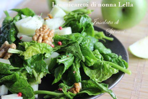 Insalata di spinaci crudi e noci