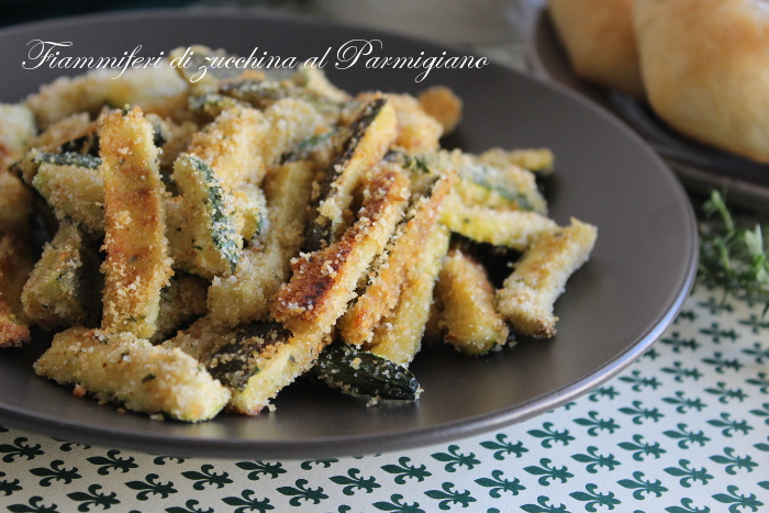 Fiammiferi di zucchina al parmigiano