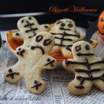Biscotti scheletro ossa ricetta per Halloween