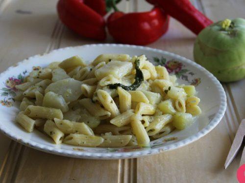 Ricetta cavolo rapa con la pasta