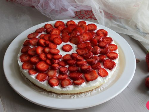 Cheesecake furba alle fragole senza cottura