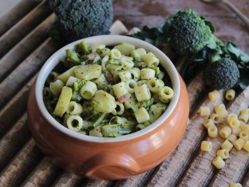 Pasta e patate con pancetta e broccoli
