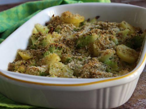 Ricetta cavolfiore e patate gratinate al forno con parmigiano