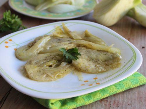 Ricetta finocchi al parmigiano in padella light