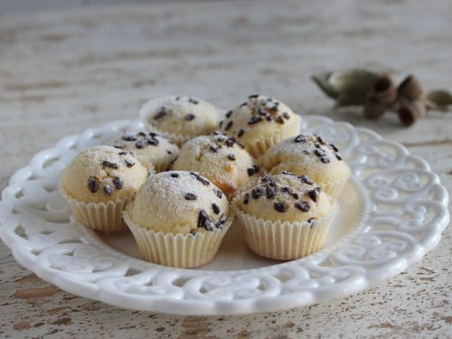Muffin Biancaneve al latte con scaglie di cioccolato