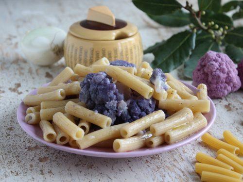 Pasta con i cavolfiori viola ricetta rustica antica e facile