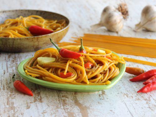 Spaghetti alla curcuma e peperoncino la ricetta afrodisiaca