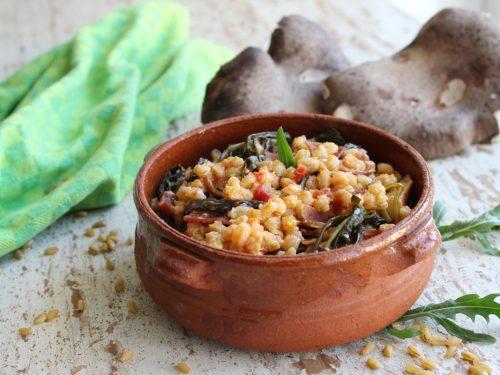 Grano con rucola speck e funghi Cardoncelli ricetta mediterranea