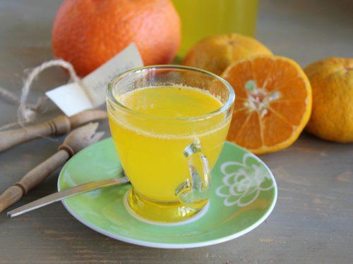 Ricetta Punch al mandarino e rum cocktail caldo bevanda invernale