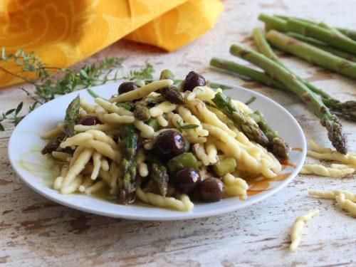 Trofie asparagi olive e tonno pasta fresca cremosa ricetta primo piatto