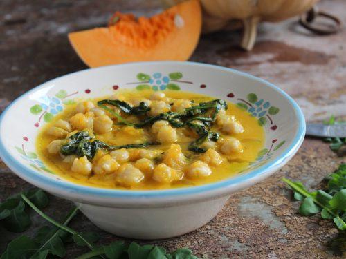 Zuppa di ceci zucca e rucola ricetta invernale con legumi vellutata facile