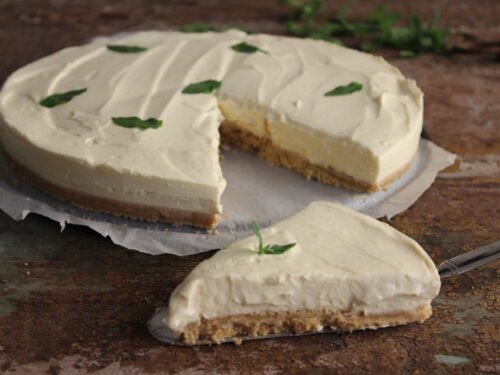 Cheesecake al mango light yogurt e mascarpone senza gelatina e panna