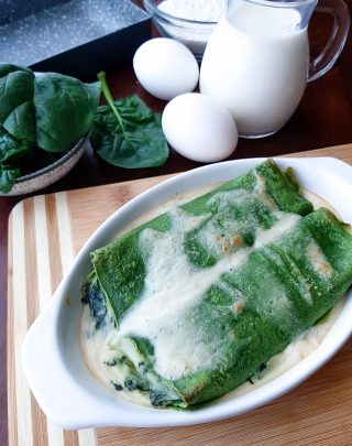 crespelle verdi con spinaci e besciamella