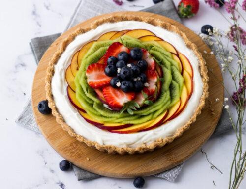 Torta di frutta fresca senza cottura