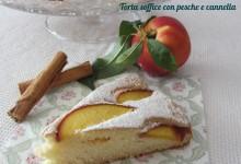 Torta soffice con pesche e cannella