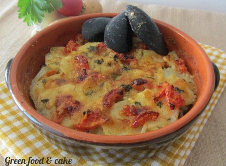 Tiella barese (patate riso e cozze)