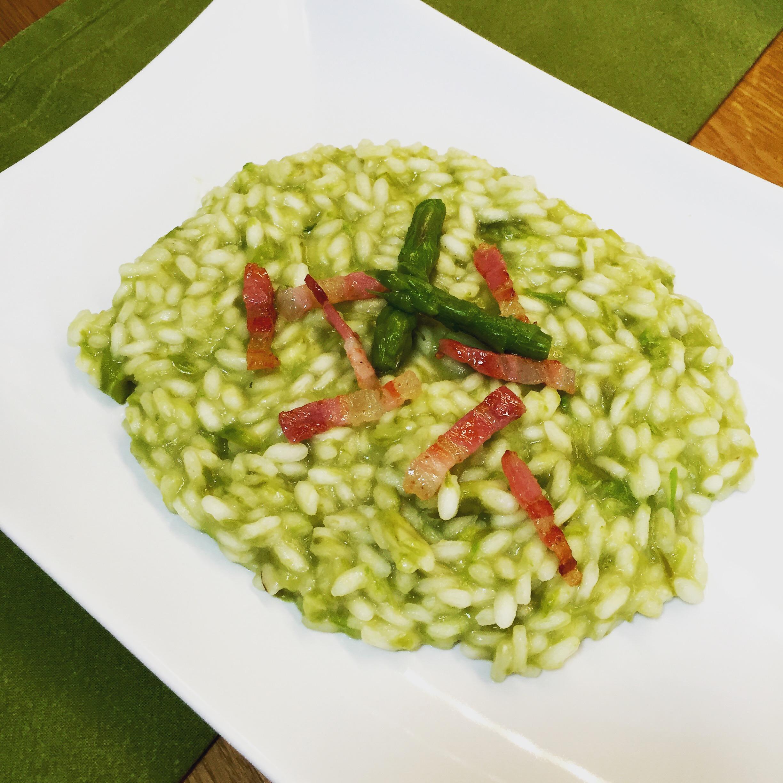 Risotto Asparagi Ricetta Giallozafferano.Risotto Asparagi E Pancetta Croccante