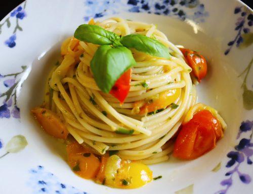 Spaghetti Con Pomodorini Gialli e Rossi