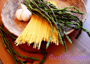 spaghetti con asparagi