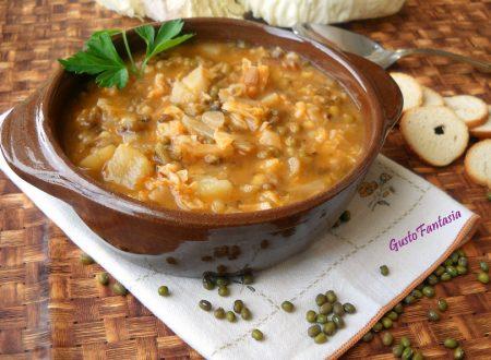Zuppa di soia verde e verza