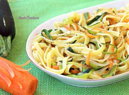 Tagliolini con zucchine e carote