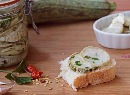 Conserva di zucchine sott'olio
