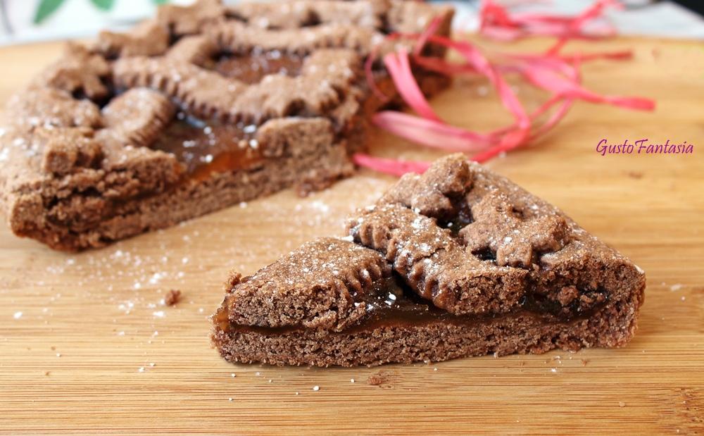 Crostata al cacao e marmellata