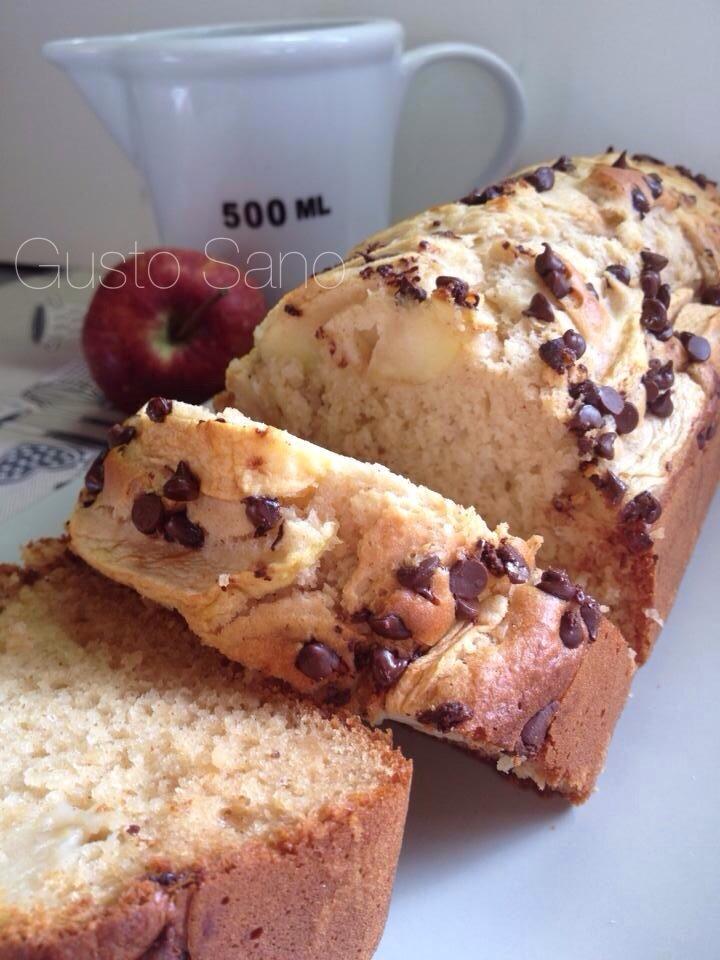 plum cake miele mele e gocce di cioccolato