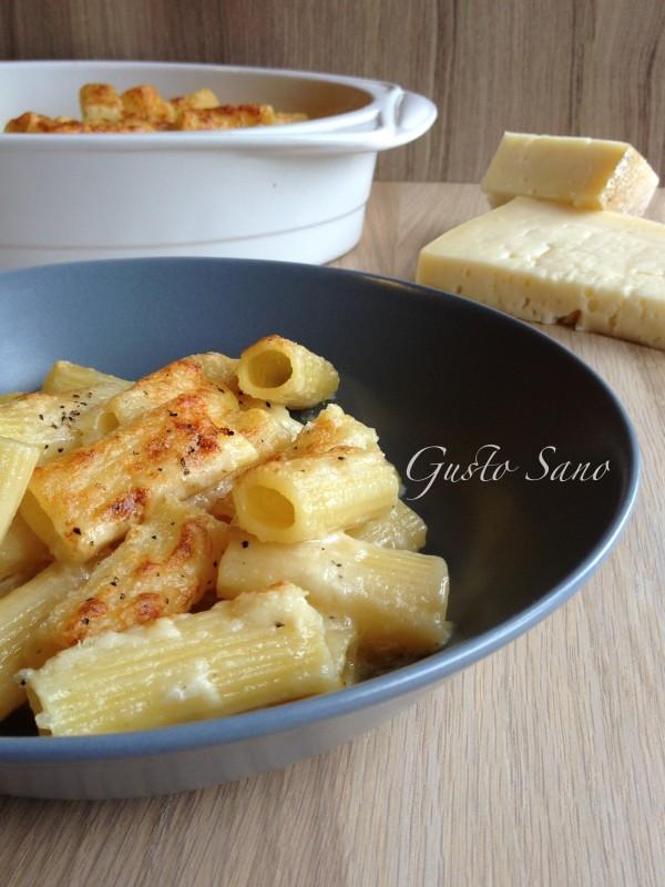 maccheroni al formaggio gratinati