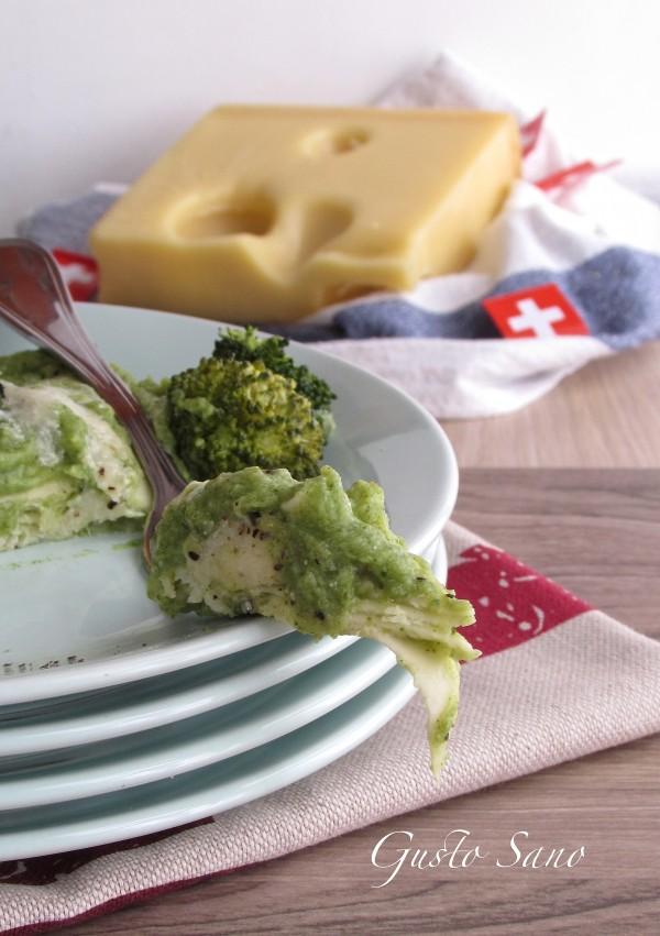 lasagna con crema di broccoli ed emmentaler