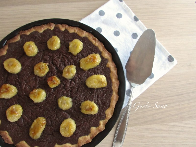 crostata cioccolato e banane caramellate