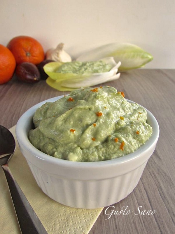 salsa di avocado aromatizzata all'arancia