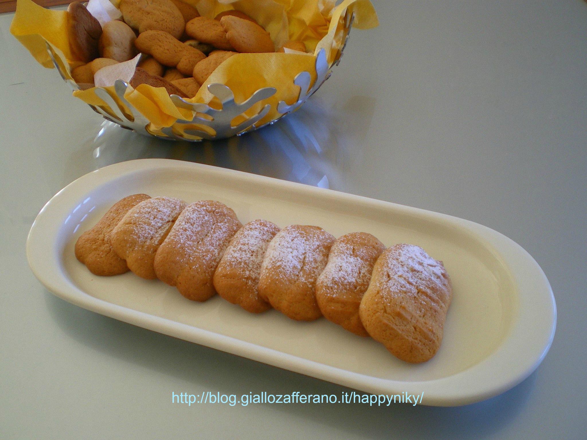 Biscotti da latte alla panna (bimby)