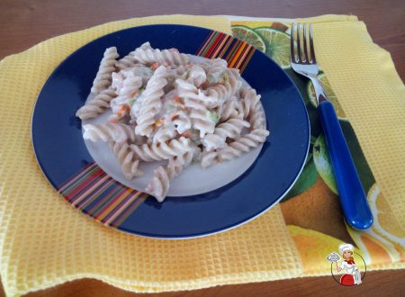 Pasta con fior di zucca in crema