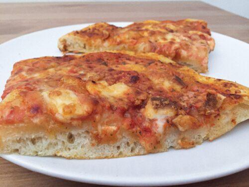 Pizza fatta in casa con lievito madre