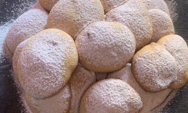 Biscotti morbidi all'arancia e granella di pistacchio