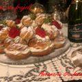 Corona di bigne con fragole