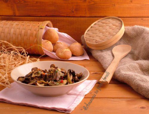 Funghi arrosto conditi