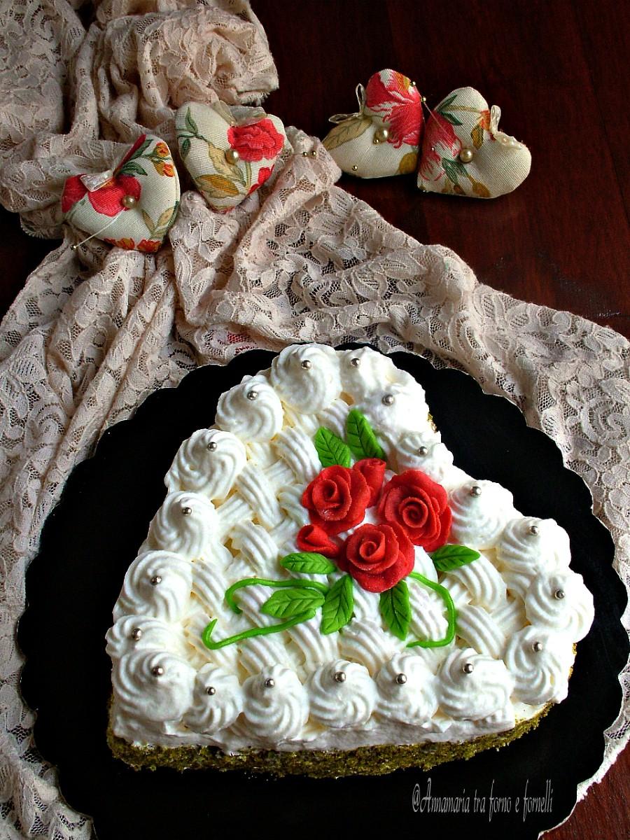 Torta cuore con rose rosse annamaria tra forno e fornelli for Quadri con rose rosse