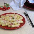 pasta con pancetta e besciamella 1