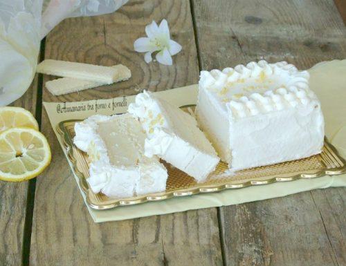 Mattonella di gelato al limone e wafers