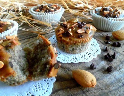 Muffin glassati con fondi di caffè