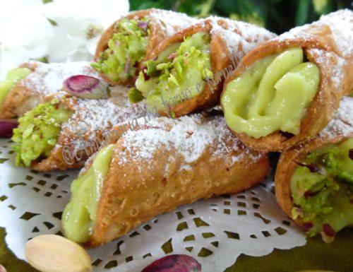 Cannolicchi con crema al pistacchio